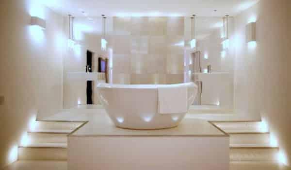 penerangan kamar mandi
